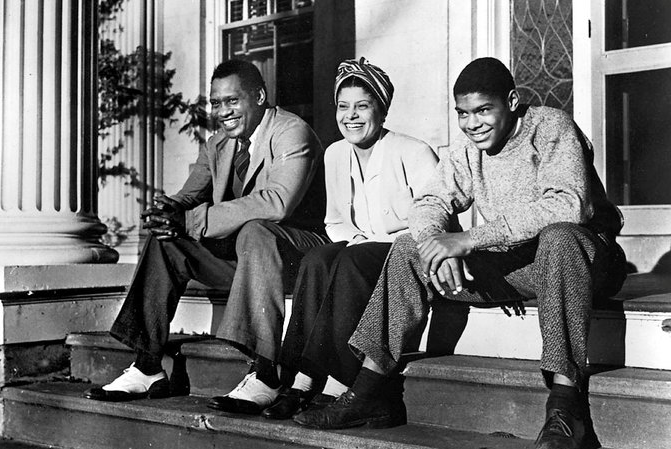 robeson and family.png